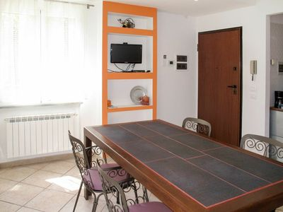Photo for Lovely apartment for 4 people with WIFI, A/C, TV, pets allowed and parking
