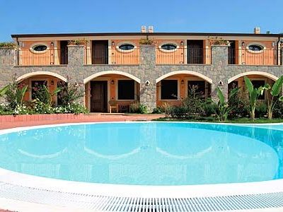 Photo for Stylish holidays in the heart of Marina di Camerota - close to beach, with pool