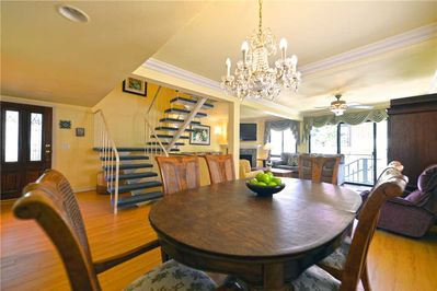 12CT-Dining-Room-to-Living-Room