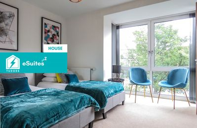 Photo for Tudors eSuites beautiful and spacious city centre house with parking