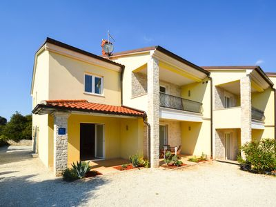 Photo for Holiday apartment Modern apartment for 2-4 people with Internet, satellite TV, air