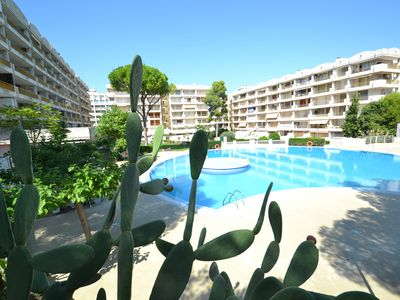 Photo for Catalunya 25:Free wifi-Residence with sw. pools,close to beaches and centre, optional AC