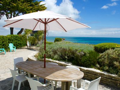 Photo for Loctudy. House 'feet in the water', enclosed garden, direct access to the beach