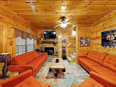 Photo for Cabin Hideaway: Hot Tub, Sauna, Game Room, 8 Miles to Dollywood & Gatlinburg
