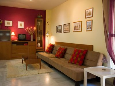 Photo for San Jacinto apartment in Triana with integrated air conditioning (hot / cold) & shared terrace.