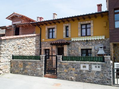 Photo for Cottage located in the village of Loroñe in the Asturian coast Colunga.