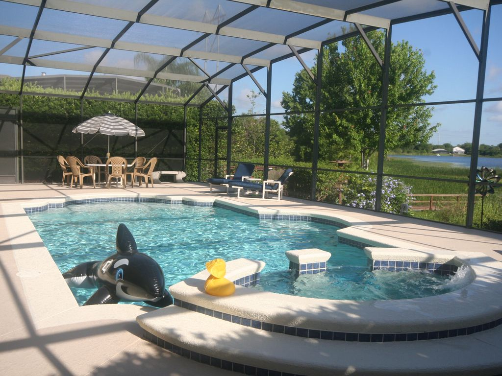 4BR Luxury Villa with Games Room, Lake View... - VRBO
