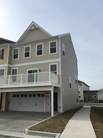 New luxury 3 Bedrooms, 3 1/2 Baths End Unit Townhouse in West Ocean City MD