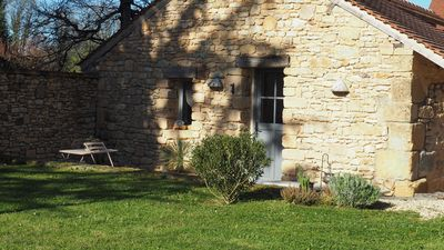 Photo for Perigord Farmhouse, 2 hectares halfway to kind between Lascaux and Sarlat