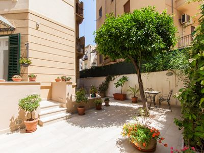 Photo for Your ideal stay in Palermo - city center
