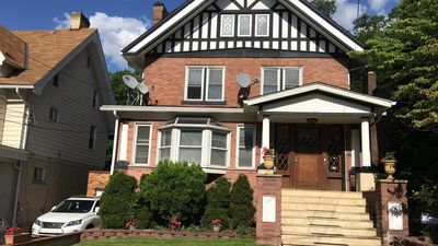 Photo for Beautiful Large 3 Bedroom, Yard With Grill, Game Room. 10-15 Mins to Downtown
