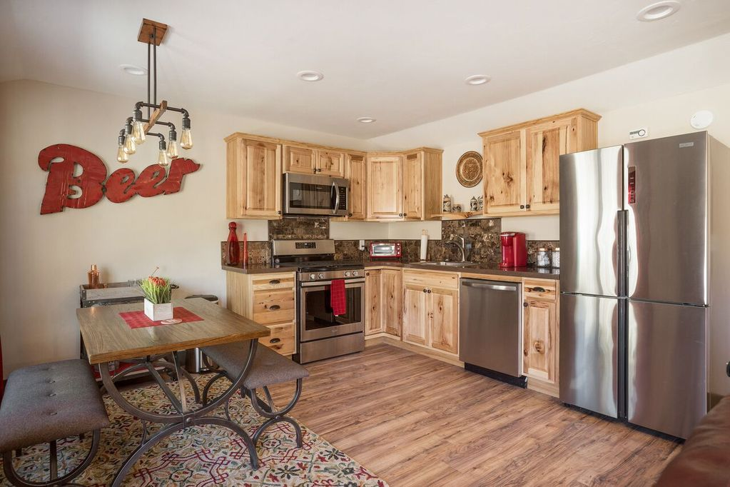 THE BREW HOUSE-2 Bed/2 Bath Westside Cottage - Paso Robles