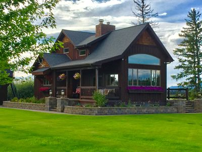 Stage Road Estate. Peaceful executive home close to Glacier National Park.