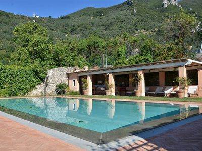 Photo for Charming villa in Versilia