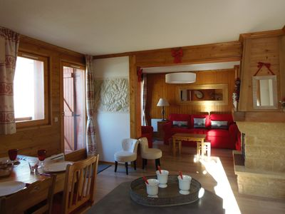 Photo for TIGNES LE LAC: T5, lovely, welcoming, bright totally, south-west, on ski, magnificent view on the lake of Tignes and the Grande Motte