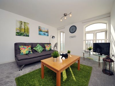 Photo for Come join the Safari ! Lush 1 bedroom apartment in a perfect location