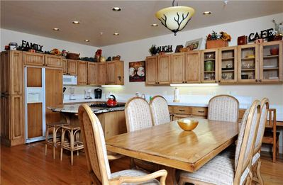 Photo for Beautiful Townhome Close to Ski Lifts with Year-round Pool