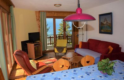 Photo for 2* - 2-bedroom-apartment for 4-8 people located across the cable car near the center of the resort.