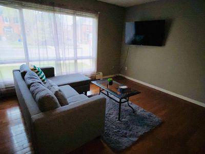 Photo for Comfy *Downtown* 3bdrm Apartment + Free Parking