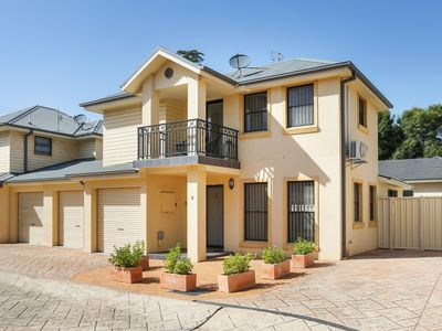 Photo for Sandcastle on Manning - 400 mtr to Kiama Surf Beach - 2 pm check out available