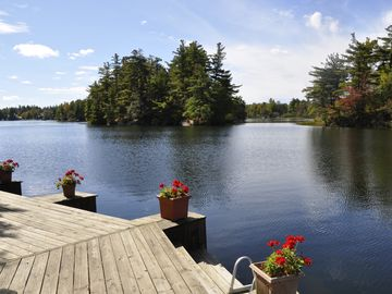 Lakeside Cabin with Great Views, Exceptional Waterfront, and Motorboat.