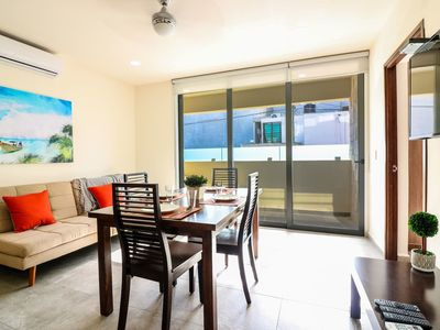 Photo for Cozy 2BR Wifi/AC Great Rooftop Pool/Bar Sleeps 6!
