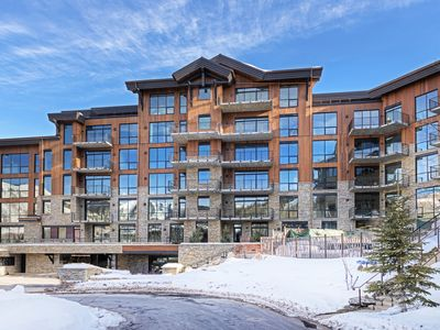 Photo for One Empire Pass B | Common Area Spa Pool | Ski-in/Ski-out | Concierge