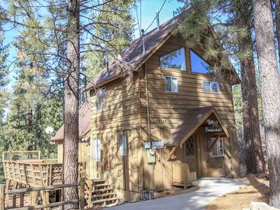 Photo for The Spruce Moose - FREE Kayak/Bike Rental! 3BR/2BA/WiFi/Close to Slopes