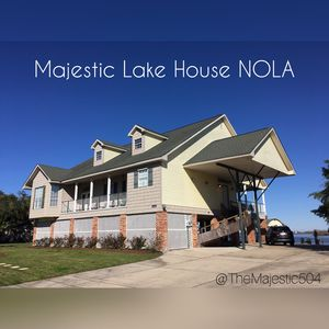 Majestic Lake House NOLA, Great fishing and crabbing!