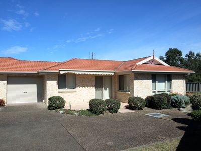 Photo for Jervis Bay Holiday Villa. Walk to the beach. Best value.