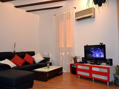 Photo for Apartment in the center of Valencia with Air conditioning, Washing machine (416568)