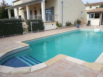 Photo for Near Pont du Gard Comfortable villa with swimming pool and summer kitchen