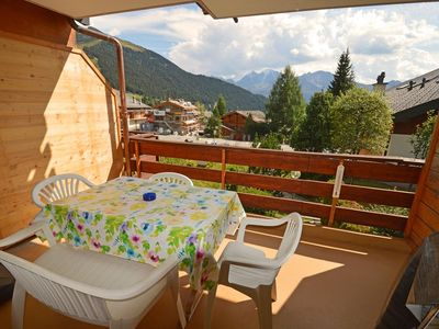 Photo for Nice flat which is easy to reach.  It is composed of a bedroom with 1 double bed, a sofa-bed in th
