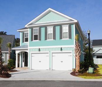 Photo for · Bright Private 4BR Beach House with Private Pool and garage!