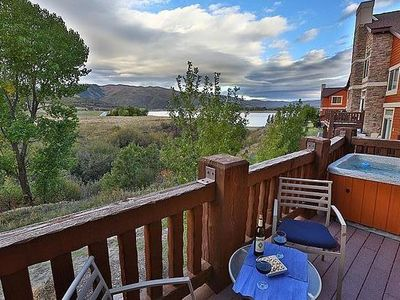 Photo for Top level luxury condo by Pineview & Snowbasin, 50 inch TV, AC, full kitchen