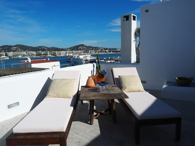 Photo for Duplex with terrace and wonderful sea views for 6 people.