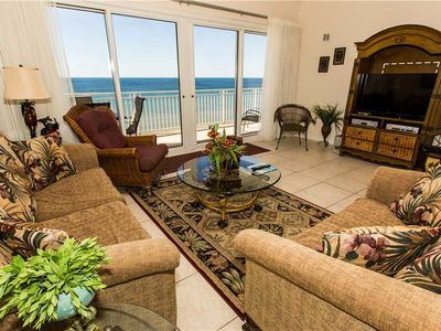 Photo for Tropical Spacious Ocean Front Unit With Large Kitchen Island