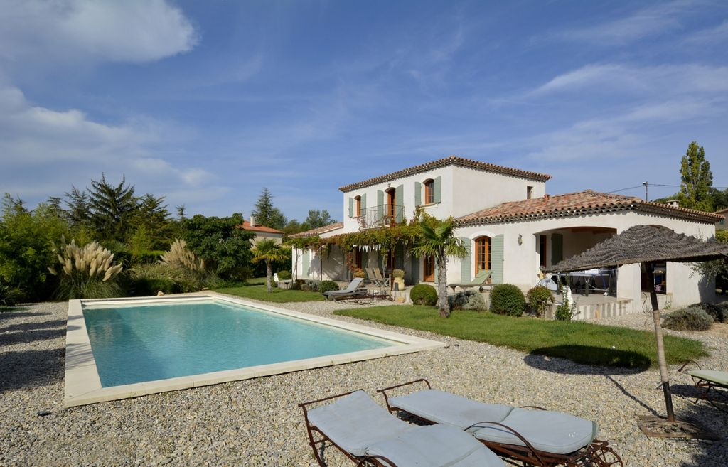 Saint Pierre De Vassols Villa Rental   The 15m X 5m Pool