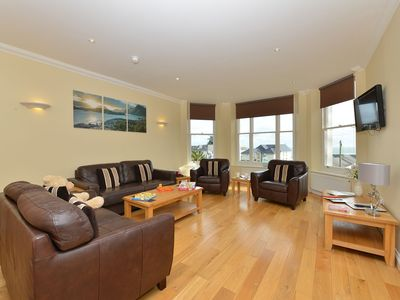 Photo for Montagu Apartment -  an apartment that sleeps 8 guests in 3 bedrooms