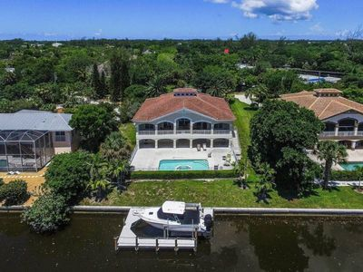 Photo for BOATER`S LANDING: MONTHLY SANIBEL RENTAL - BRING YOUR BOAT PLUS $100+ VIP BEACH DISCOUNTS!