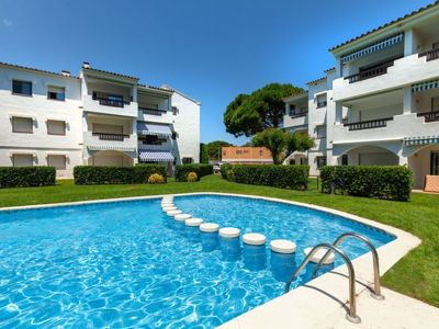 Photo for Apartment Nautic Golf in Pals - 4 persons, 2 bedrooms