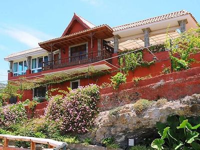 Photo for 5 bedroom Villa, sleeps 10 in Arucas with Pool and WiFi