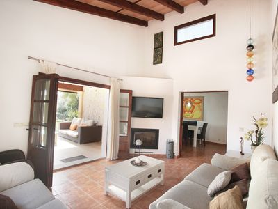 Photo for Internet, air conditioning and private pool