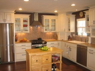 Kitchen is Well equipped, new and modern