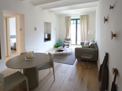Photo for Comfort apartment, warmth in the center of Girona. WIFI & AIR.