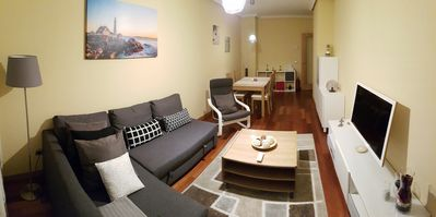 Photo for 2 bedroom apartment with parking and WiFi. Next to the Hospital (HUCA).