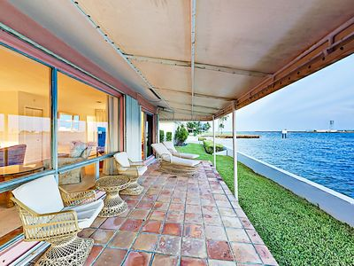 Photo for Waterfront 2BR/3BA w/ Pool, 2 Master Suites & Stunning Port Everglades Views