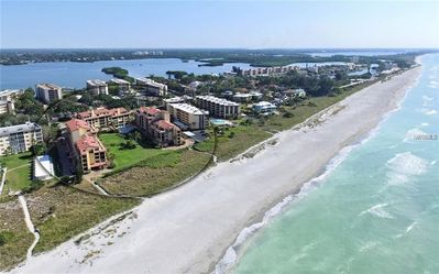Photo for Discover The Perfect Snowbird Nest on Siesta Key! Minimum 30-Day Rental