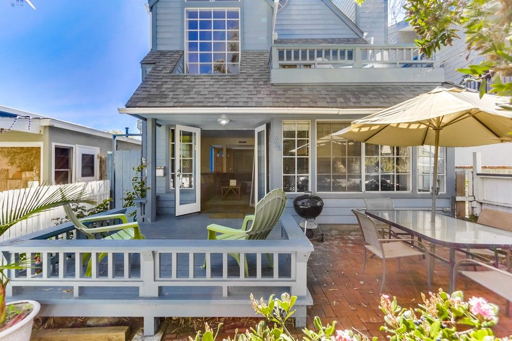 HomeAway & *Ground Floor* Family Beach House Private Front Patio \u0026 BBQ! - Mission Beach