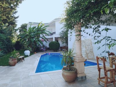 VILLA SINDBAD 5 'walk from the beach * Pool and garden without any opposite